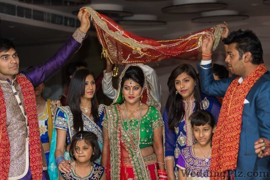 Candid Kliks Photographers and Videographers weddingplz