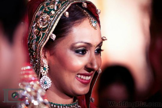 Iconic Clicks Photography Photographers and Videographers weddingplz