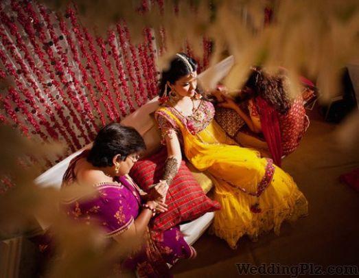 New Deepika Studios Photographers and Videographers weddingplz