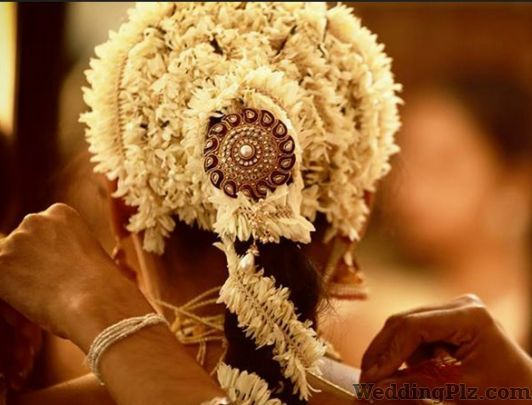 Deepak Studio Photographers and Videographers weddingplz