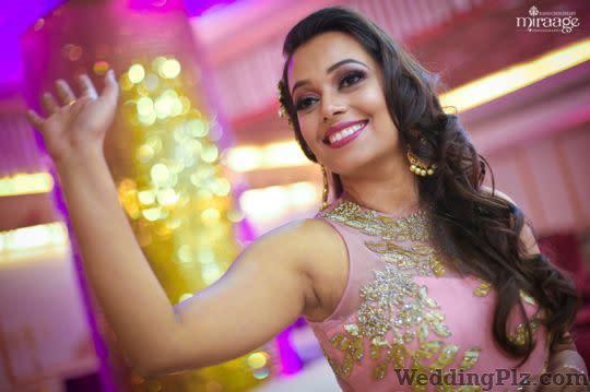 Miraage Photography Photographers and Videographers weddingplz