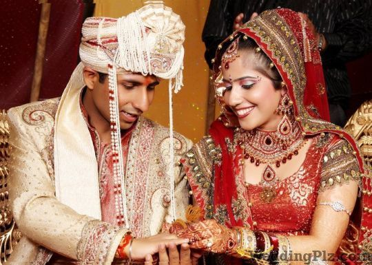 Kamal Studios Photographers and Videographers weddingplz