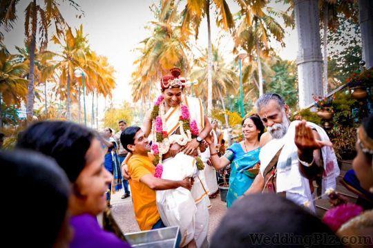 Photo Mojo Photographers and Videographers weddingplz