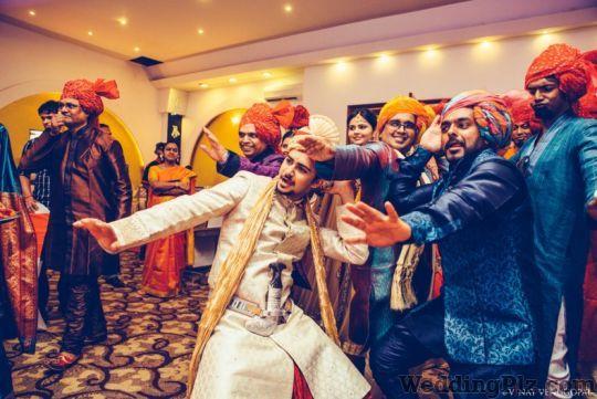 Vinay Venugopal Photography Photographers and Videographers weddingplz