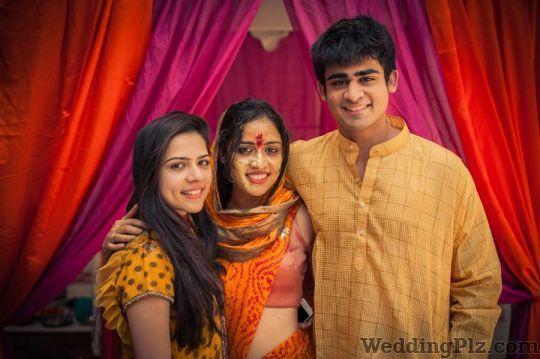 Sunny Pariani Photography Photographers and Videographers weddingplz
