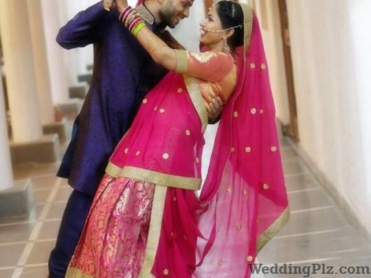 Vivekanand Photography Photographers and Videographers weddingplz