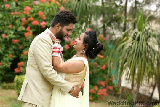 Vicky Digital Studio Photographers and Videographers weddingplz