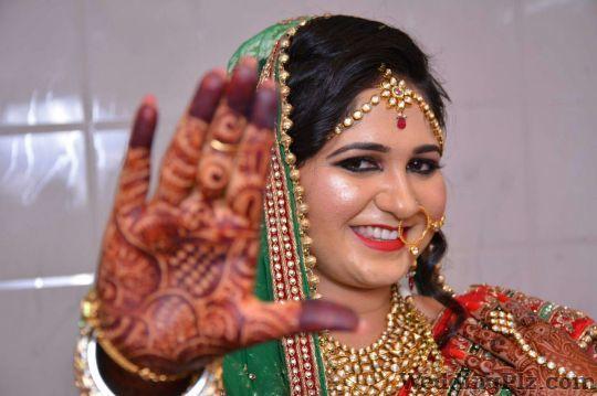 Light Photography Photographers and Videographers weddingplz