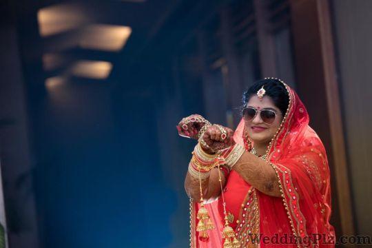 Snapture Studios Photographers and Videographers weddingplz