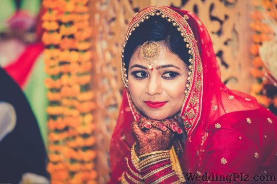 Gurnoor Photography Photographers and Videographers weddingplz