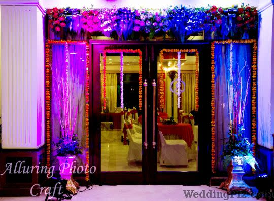 Alluring Photo Craft Photographers and Videographers weddingplz