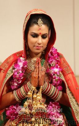 FotoRoyale India Photographers and Videographers weddingplz