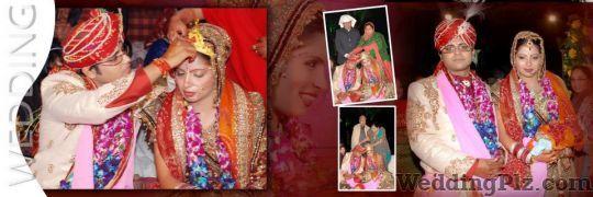 Sabharwals Galaxy Color Lab Photographers and Videographers weddingplz