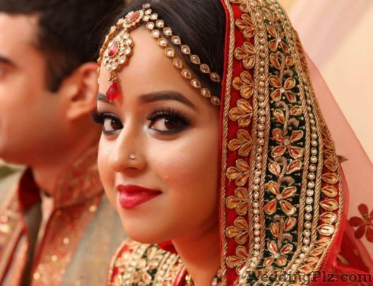 Kapoor Studio and Digital Color Lab Photographers and Videographers weddingplz