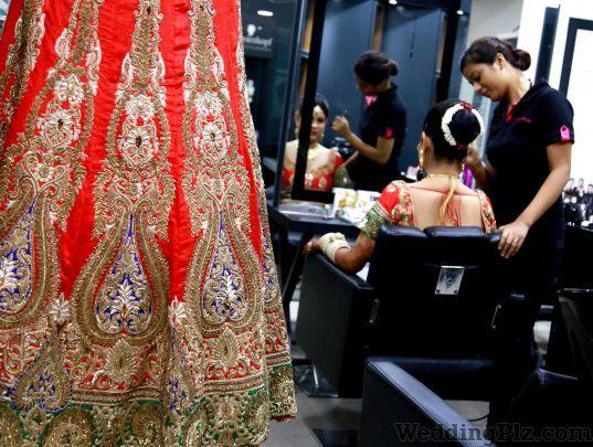 Kanan Photos Photographers and Videographers weddingplz