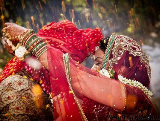Santosh Studio Photographers and Videographers weddingplz