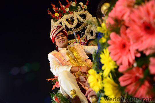 Vishal Studio Photographers and Videographers weddingplz