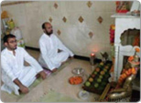 Anil Acharya Shadow Reader Pandits weddingplz