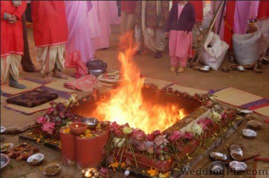 Dhanjay N Bhat Pandits weddingplz