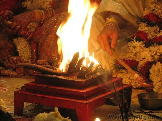 Shashtri Vasudev P Acharaya Pandits weddingplz