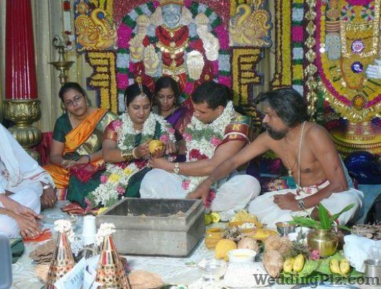 Surendra Pandey Pandits weddingplz