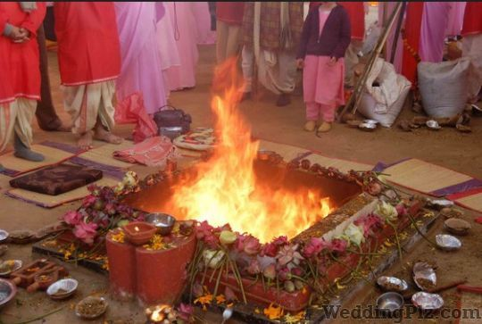 Pandit Pradeep Kumar Pandits weddingplz