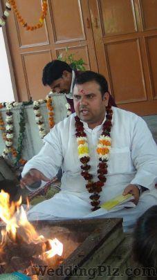 Aacharya Brahm Dev Vedalankar Pandits weddingplz