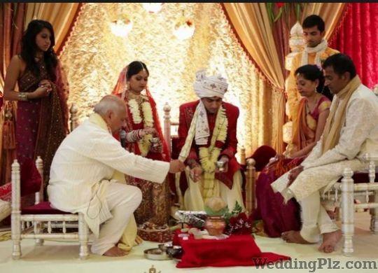 Pandit M C Upreti Pandits weddingplz