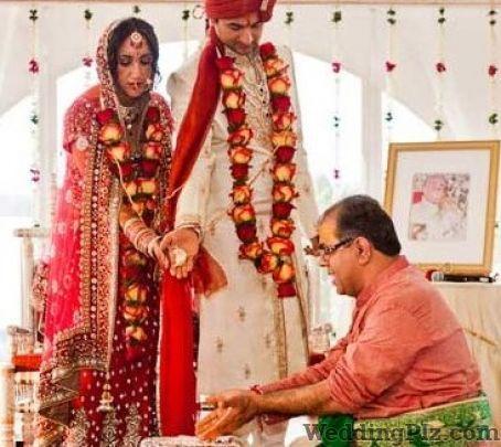 Pundit Ajay Krishna Trivedi Pandits weddingplz