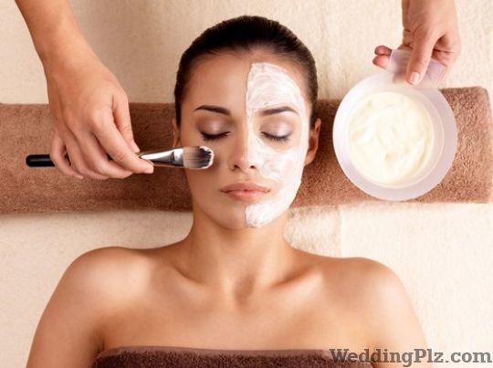 Rupali Beauty Spa and Academy Spa weddingplz