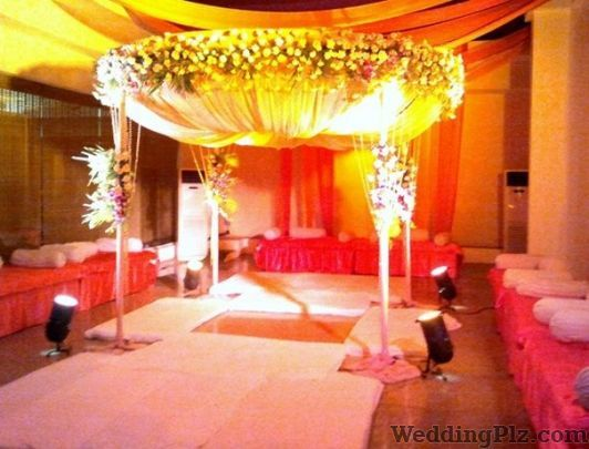 Lily White Hotel Banquets weddingplz