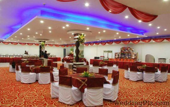 Holiday Inn Hotel and Suites Banquets weddingplz