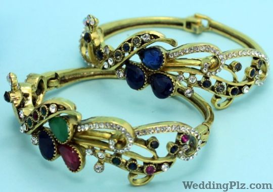 Bittu Bangles Corner Wedding Accessories weddingplz