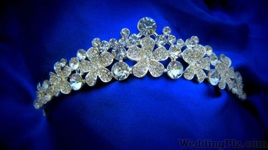 Brides and Whistles Wedding Accessories weddingplz