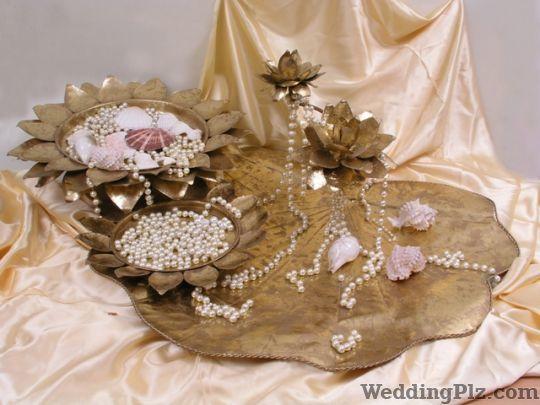 Magnificence By Shalini Beriwal Wedding Gifts weddingplz