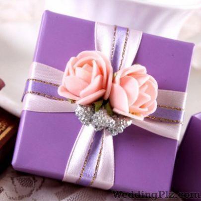 Happy Shoppy Wedding Gifts weddingplz