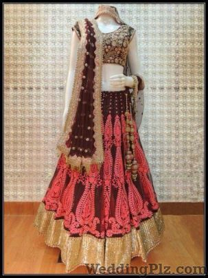 Kamlesh Cloth Stosre Wedding Lehnga and Sarees weddingplz