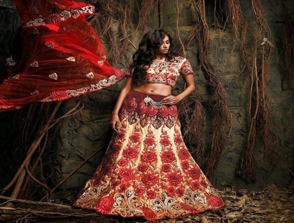 Gauri Sarees Wedding Lehnga and Sarees weddingplz