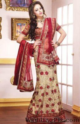 Aarti Lehenga Store Wedding Lehnga and Sarees weddingplz