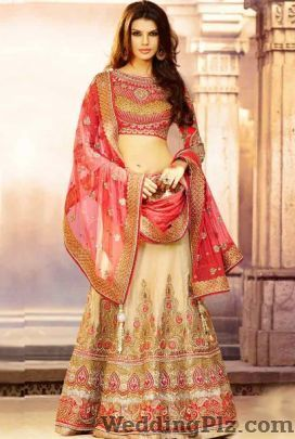 Varanasi Handloom Emporium Wedding Lehnga and Sarees weddingplz