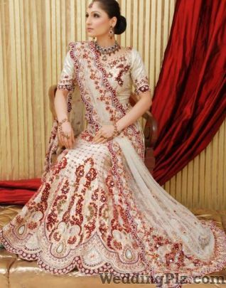 Samiksha Design Studio Wedding Lehnga and Sarees weddingplz