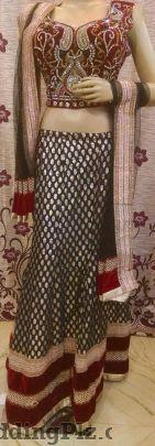 Royal Wears Wedding Lehnga and Sarees weddingplz