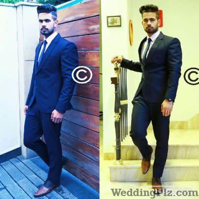 Dress Like Celebrity Lehenga And Sherwani On Rent weddingplz