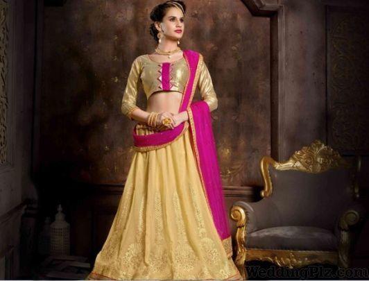 Vicky Bangle World Lehenga And Sherwani On Rent weddingplz
