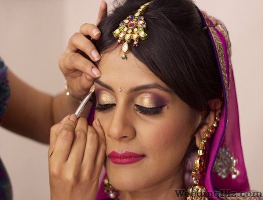 Blushes Beauty Center Beauty Parlours weddingplz