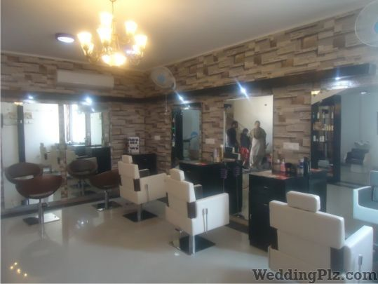 Strokes Hair Beauty and Makeup Salon Unisex Beauty Parlours weddingplz