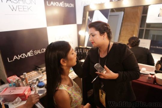 Lakme Salon Beauty Parlours weddingplz