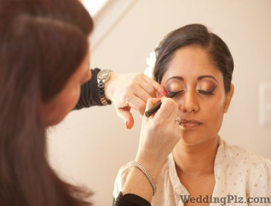 Divas Beauty Parlour Beauty Parlours weddingplz