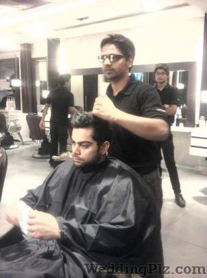 Looks Unisex Salon Beauty Parlours weddingplz
