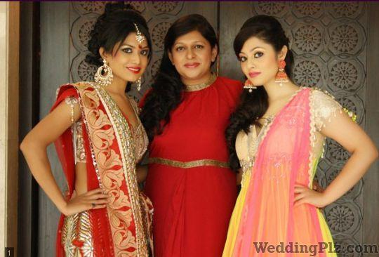 Naina Arora Studio Beauty Parlours weddingplz